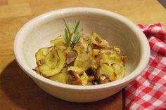 Knusprige Kartoffeln mit Rosmarin - Würzige Scheiben zum Fingerablecken. #experiencefresh