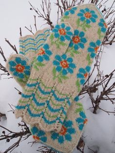 Finely Hand Knitted Seto Estonian Mittens in by NordicMittens, $84.00