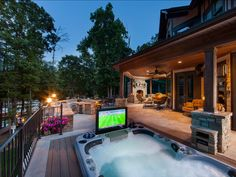 Whirlpool Ideas. This is the best Whirlpool design I have seen! #Whirlpool #Backyard