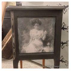 Annie Sloan Chalk Paint Graphite Annie Sloan Chalk Paint Graphite, Frame, Projects, Painting, Decor, Log Projects, Decorating, Painting Art, Paintings