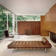 Mies Van Der Rohe - Part II. Bauhaus Interior, Bauhaus Furniture, Mid-century Interior, Modern Interior, Interior Architecture, Interior Design, Plywood Furniture, Casa Farnsworth, Pretty Things