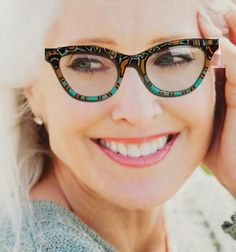 DESCRIPTION: Exotic and colorful! These horn rimmed, hipster style frames have had their retro style enhanced with a modern, brightly hand painted tribal pat. Hipster Cat, Hipster Fashion, Retro Fashion, High Fashion, Hipster Style, Tortoise Cat, Tortoise Color, Online Eyeglasses, Compliments