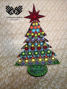 Xmas Tree, Dots, Christmas Ornaments, Holiday Decor, Crafts, Home Decor, Pointillism, The Creation, Stitches