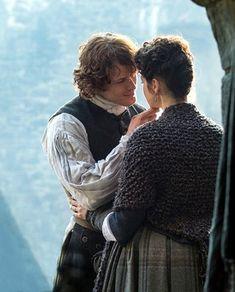 S1 - Claire and Jamie - screencap