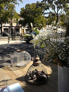 latão para todos os lados - Isle de la Sorgue Provence