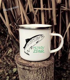 Hrnek smaltovaný plecháček s potiskem Petrů Zdar se ¨Pstruhem Mugs, Tableware, Dinnerware, Tumblers, Tablewares, Mug, Dishes, Place Settings, Cups