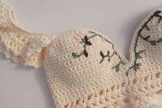 Fabulous Crochet a Little Black Crochet Dress Ideas. Georgeous Crochet a Little Black Crochet Dress Ideas. Mode Crochet, Diy Crochet, Crochet Crafts, Crochet Projects, Crochet Baby, Crotchet, Diy Crafts, Crochet Bikini Top, Crochet Blouse