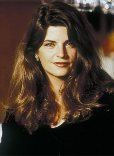 Kirstie Alley, Princes Of The Universe, Video New, Crazy People, Red Carpet Dresses, Body Measurements, Veronica, Photo Credit, Actors & Actresses