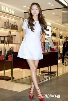 Jessica Jung met fans through Blanc & Eclare's Signing Event ~ Wonderful Generation
