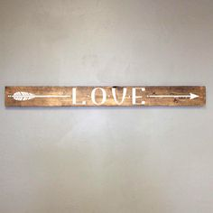 Reclaimed Wood Arrow Sign Girls Bedroom Decor, Wall Decor, Reclaimed Barn wood, Wood Home Decor, Gift for Her, Vinyl Arrow Design