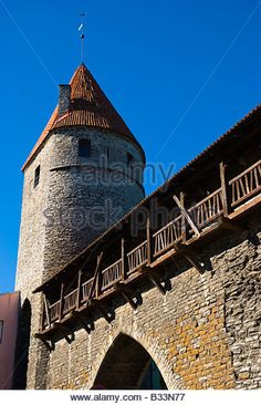 Loewenschede torn tower and defensive wall in the old town of Tallinn Estonia Europe - Stock Image