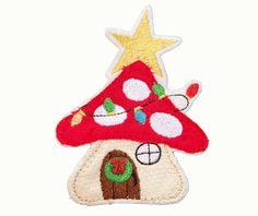 ❋ MUSHROOM HOUSE CHRISTMAS  ❋ patch / appliqué