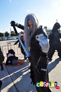 Sephiroth Cosplay from Final Fantasy in Comiket 81 2011 Tokyo