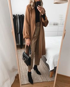 office outfits for petite ladies Style Année 80, Looks Style, Mode Style, Classic Style, Winter Mode Outfits, Winter Fashion Outfits, Autumn Winter Fashion, Fashion Dresses, Fashion Clothes