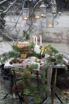 Christmas Wedding Decor Inspiration ★ christmas wedding cozy outdoor table with pine branches hanging candles tgd Country Christmas, Outdoor Christmas, Christmas Wedding, Winter Christmas, Christmas Time, Merry Christmas, Xmas, Christmas Crafts, Rama Seca