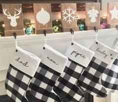 Christmas gifts: Posters and posters for all tastes! Family Christmas Stockings, Cat Christmas Stocking, Christmas Vinyl, Christmas Quotes, Christmas 2019, Christmas Recipes, Christmas Tree, Country Christmas Decorations, Farmhouse Christmas Decor