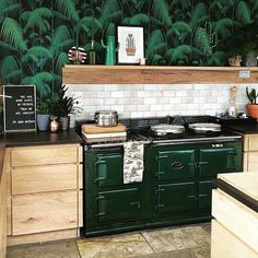 Green with envy over this kitchen.(Image: @thisstyle_rocks)