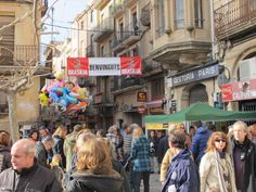 Ambient de la Gran Festa de la Calçotada de Valls.