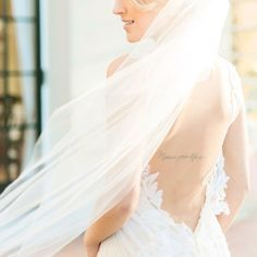 fabulous vancouver wedding Love how her veil got caught in the wind  taken at the @bohemeworkshops curated by @vasiaphotography @artiesestudios at the @hycroftuwcv | hair & makeup: @jessicawnoujeim for @muah.artistry | gown: @inesdisanto | veil: @poshveils by @christinewphotography  #vancouverwedding #vancouverweddingdress #vancouverweddingmakeup #vancouverwedding