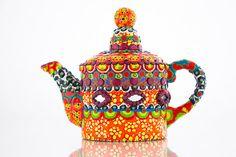Mosaico tetera de Mad Hatter decorada con espejos de Shisha