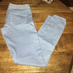 Baby Blue Skinny Jeans Zelda slim fit. Ultra low rise. Jean legging. Express Jeans Skinny