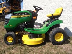 John Deere Riding Lawn Mowers on