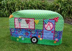 Wendy's quilts and more: Caravan Sewing Machine cover