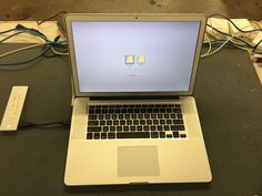 Apple Macbook Pro 15.4-inch (AntiGlare) 2.3Ghz Quad Core i7 (Mid 2012) MD103LL/A