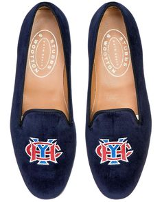 In honor of @chanelofficial and @stubbsandwootton an oldie but a goodie! Havana Yacht Club on navy velvet#HYC #classic #velvetslippers #cuba #stubbsandwootton