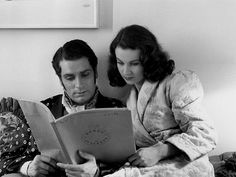 Vivien Leigh and Laurence Olivier reading Romeo and Juliet.