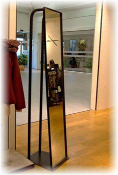 """Isola con specchio convesso per punto vendita Falconeri  #arredi  Convex mirror for store """"Falconeri""""  #furniture"""