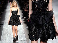 Black dresses are always fabulous!