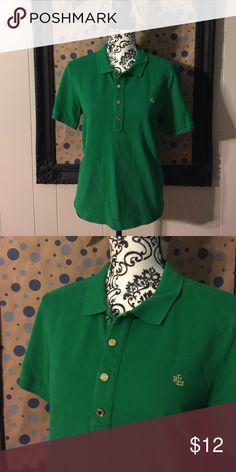 Lauren Ralph Lauren Polo Women's Lauren Ralph Lauren green polo shirt. Please feel free to ask any questions or make an offer, and as always THANK YOU for shopping my posh closet! Xoxo -Tish Lauren Ralph Lauren Tops