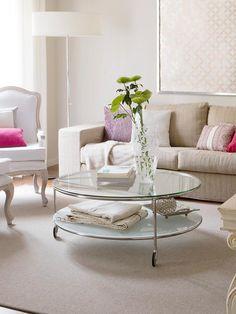 Luxury: #mesas de centro en cristal #salón #alfombra #sofá