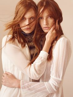 Cibele Ramm & Giane Alves by Nicole Heiniger for L'Officiel Brazil April 2016 powdery light colours mood woman hair cloth fabric face hands pose drapery fabric redhead ginger Fashion Model Poses, Fashion Shoot, Editorial Fashion, Vogue Editorial, Sister Photography, Portrait Photography, Fashion Photography, Glamour Photography, Lifestyle Photography