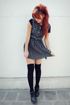 Black-vintage-dress-black-vintage-pumps