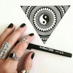 Mời các bạn xem thêm bút viết và dụng cụ vẽ tại http://butvietnhatban.vn