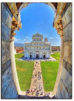 Piazza dei Miracoli, Pisa, Italy #Italy #travel