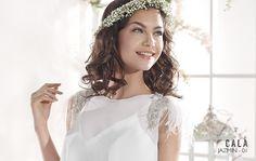 JAZMIN   Bohemian Wedding Dress   2015 Cala Collection   by Sara Villaverde   Villais