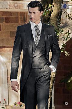 Traje de novio italiano a medida recto 2 botones, en tejido new performance espiga negro modelo 1182 Ottavio Nuccio Gala colección Gentleman 2015.