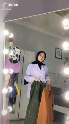 Modern Hijab Fashion, Hijab Fashion Inspiration, Muslim Fashion, Hijab Style Tutorial, Vintage Street Fashion, Hijab Casual, Stylish Dresses For Girls, Ootd, Simple Outfits