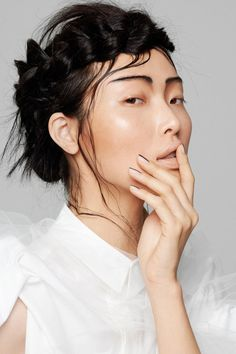 Modernist Geisha Captures - Flaunt Magazine's Sung Hee Kim Feature is Lensed by Photographer Yu Tsai (GALLERY)