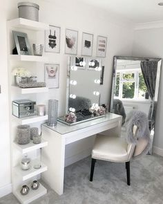 Dressing Table; Makeup; Home Decoration; Small Room; Mirror; Stool;Bedroom; Cloakroom; Bathroom; DIY; Home Design; Dressing Table Hacks;Dressing Table Chair; Storage; Cosmetics; Drawers;Dressing Table Organisation;Makeup Organization; Corner; Built In Dressing Table;Dressing Table Wood; Wall Decoration; Glass