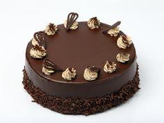La torta kinder pinguì è un dolce irresistibile, fresco e che andrà bene per ogni momento della giornata, come dessert o merenda golosa