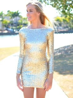 love this sparkly sparkly dress.