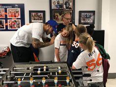 Shane Ray provides school supplies to children at Denver Rescue Mission; updates on his wrist Best Player, School Supplies, Athletes, New England, Denver, Nfl, Celebrity, Children, School Stuff