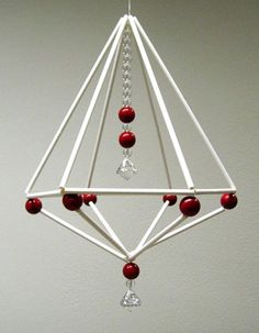 Straw Crafts, Diy Straw, Ornament Crafts, Handmade Ornaments, Wire Crafts, Diy And Crafts, Childrens Christmas Crafts, Straw Art, Geometric Decor