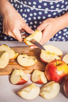 Nekupujeme, vyrábíme: ovocné přesnídávky z letní úrody. Bez cukru a zahušťovadel! - Proženy Kefir, Camembert Cheese, Onion, Nom Nom, Smoothie, Dairy, Food And Drink, Peach, Apple