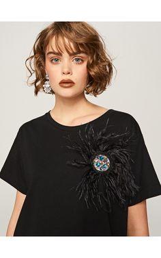 Sukienka z biżuteryjną aplikacją, Sukienki, kombinezony, czarny, RESERVED