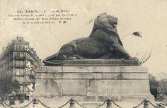 #CartePostalesAnciennes sur #Geneanet bit.ly/1pcWHkq #Paris - Place Denfert-Rochereau - Lion de Belfort